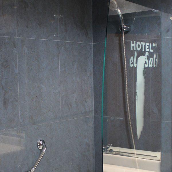 Habitación doble baño hotel el salt